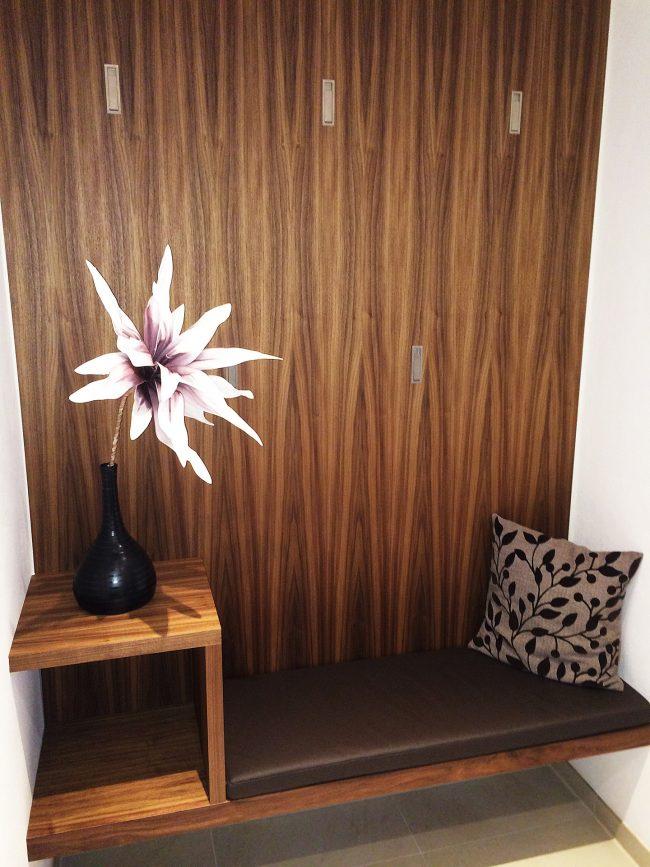 Garderobe mit Sitzfläche