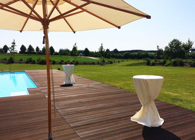 Echtholzfußboden für die Terrasse