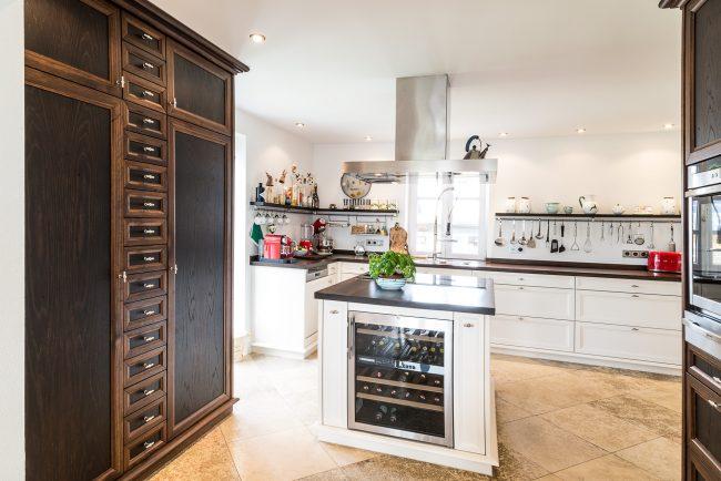 Hochwertige Kücheneinrichtung