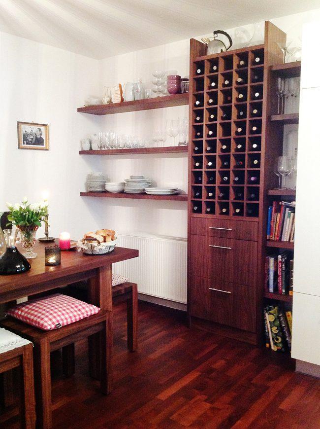 Weinregal aus Echtholz